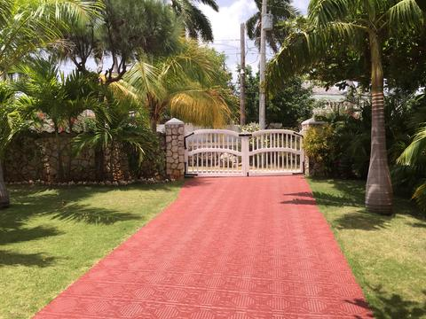 Your Own Gated Driveway